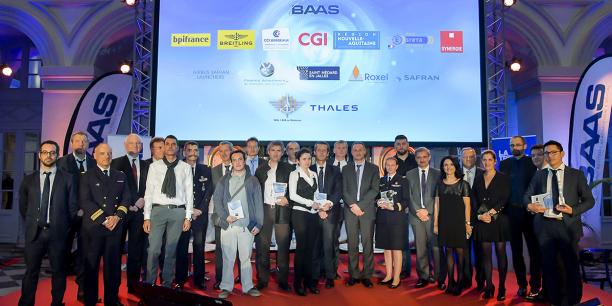 Les lauréats et leurs parrains lors de la cérémonie de remise des prix