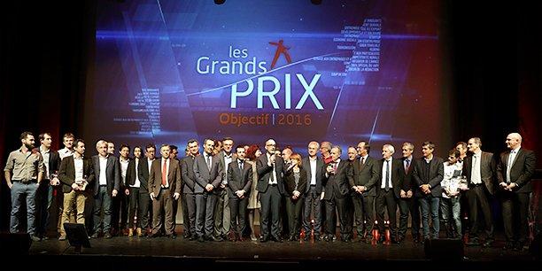 L'ensemble des lauréats et des partenaires des Grands Prix Objectif 2016, le 1er décembre sur la scène du Pasino de La Grande Motte
