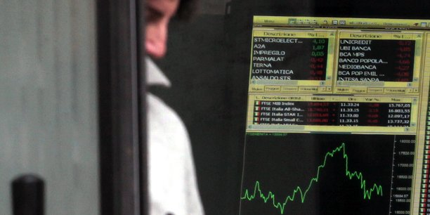 Plusieurs établissements ont été réservés à la baisse en ouverture, tels qu'UniCredit et Banca Monte dei Paschi di Siena.