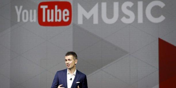 YouTube a versé 1 milliard de dollars de royalties en 2016 grâce à ses revenus publicitaires, selon Robert Kyncl, directeur en chef des affaires commerciales.