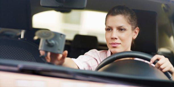 Une voiture d'entreprise qui n'est pas partagée, peut rester 95% de son temps seule dans un parking. L'autopartage doit permettre d'optimiser l'utilisation de ce qui reste un actif aux yeux des gestionnaires de flottes...