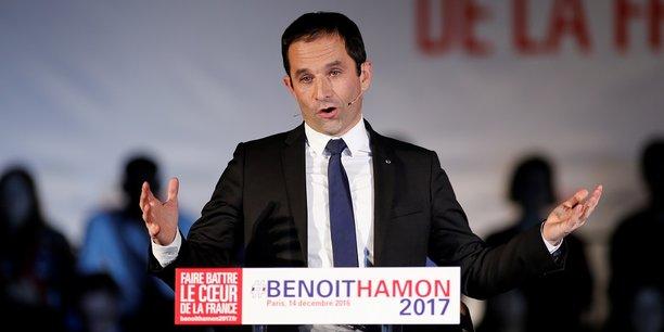 Lors de son premier meeting parisien mercredi au gymnase Japy, Benoît Hamon a souligné que le Smic a plus augmenté sous le quinquennat de Sarkozy que celui de François Hollande.