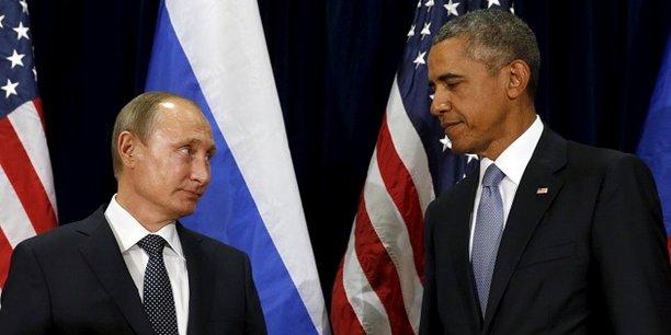 Dès octobre, les services de renseignements américains ont accusé la Russie d'avoir piraté des partis politiques