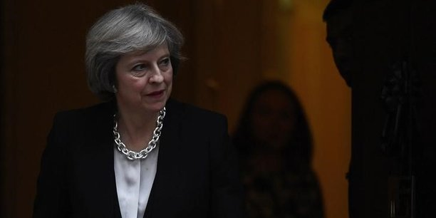 Au moment où nous quittons l'Union européenne, nous devons saisir cette opportunité historique de nous construire un nouveau rôle audacieux dans le monde et d'unir notre pays alors que nous avançons vers l'avenir, a dit la Première ministre britannique.