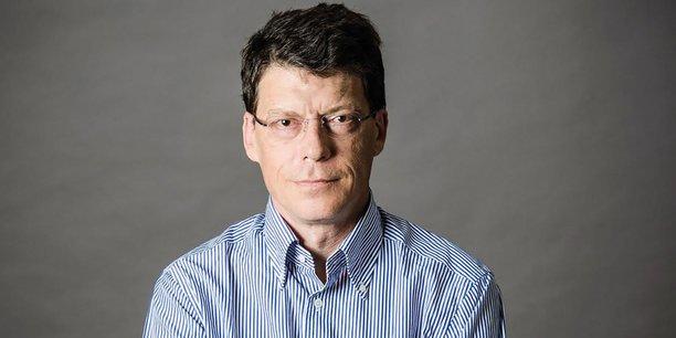Laurent Alexandre (*)(**), président de DNA Vision.