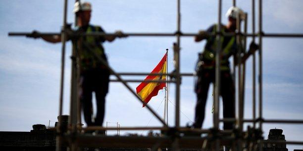 Le recula annuel a été porté par le secteur de la construction, qui avait particulièrement souffert pendant la crise, avec 77.249 chômeurs (17,04%) de moins.