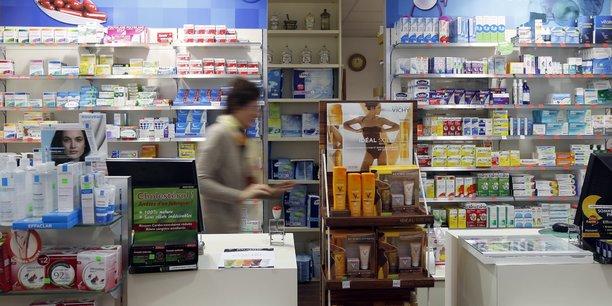 En France, une pharmacie ferme tous les deux jours.