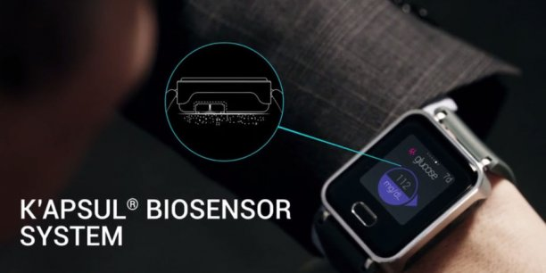 La montre connectée KTrack fonctionne avec un capteur utilisant des micro-aiguilles (<0.5mm) pour collecter et analyser la composition chimique de la peau.