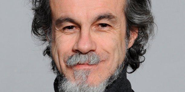 Carlos Moreno, spécialiste de la ville intelligente et humaine.