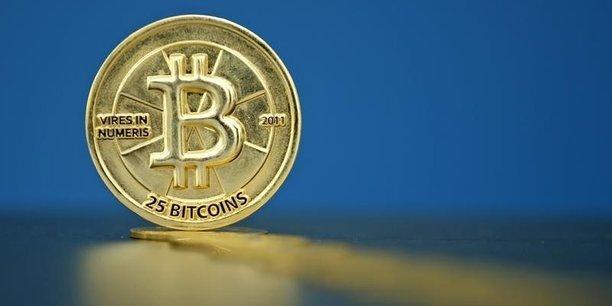 Après avoir frôlé un record historique, le cours moyen du bitcoin est tombé à 752,11 dollars mercredi.