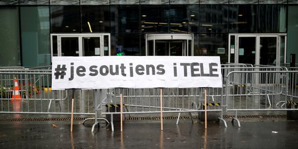 Selon Les Jours, 98 journalistes, soit les trois quarts de la rédaction ont quitté la chaîne depuis novembre.