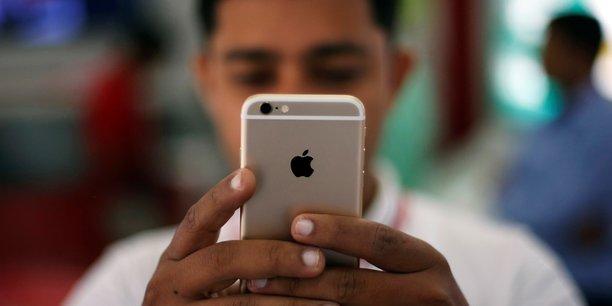 Apple représente seulement 2,7% des ventes de smartphones en Inde, loin derrière les 24% de son concurrent Samsung - selon le cabinet Strategy Analytics.
