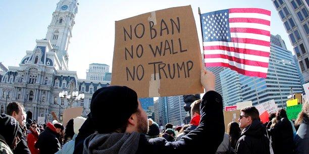 Une manifestation à Philadelphie contre le décret anti-immigration de Donald Trump, qui a poussé la plateforme CrowdJustice à se lancer plus tôt que prévu sur le sol américain.