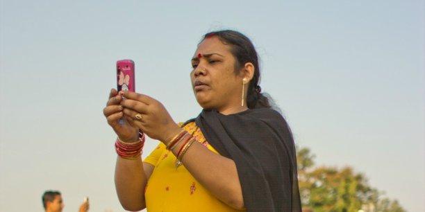 D'après l'Idate, un think tank spécialisé dans les télécoms, l'Inde compte aujourd'hui plus de 900 millions d'abonnés mobiles pour une population flirtant avec les 1,25 milliard.