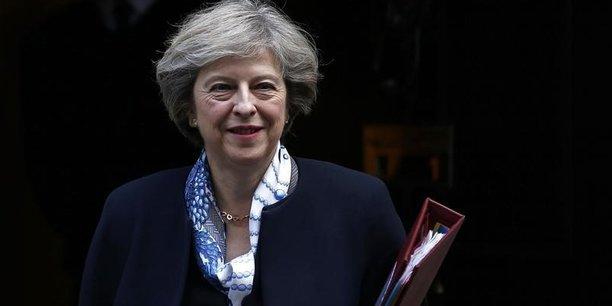 Les mises en garde de Theresa May ont porté. Si plus des deux tiers des députés se sont opposés au Brexit lors de la campagne du référendum du 23 juin 2016, la majorité d'entre eux estiment désormais difficile de s'opposer à la volonté des électeurs qui se sont prononcés à 52% pour une sortie de l'UE.