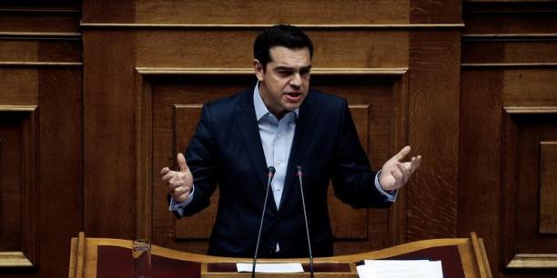 Alexis Tsipras refuse les nouvelles mesures d'austérité exigées par le FMI, tout en reprochant à l'Allemagne de bloquer le dossier.