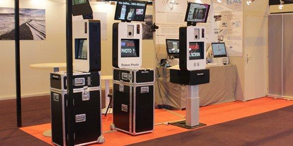 Les bornes de prise de photo automatiques de Clic Emotion, présentées lors du Salon de la photo en 2015