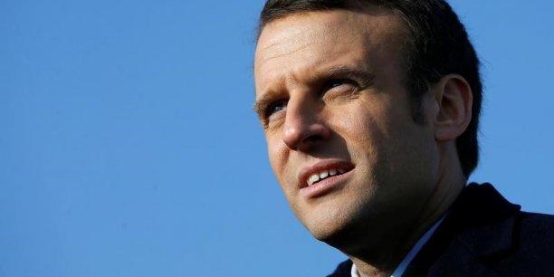 Macron n'a pas profite des deboires de fillon pour faire le break[reuters.com]