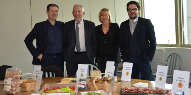 De gauche à droite : Emmanuel Rabaud (Aana), Jean-Pierre Raynaud (Région), Anne Palczewski (Aana) et Frantz Jenot (Aana).