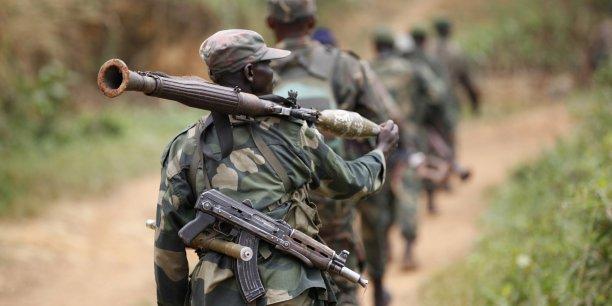 Détachement des FARDC en patrouille /Kenny Katombe