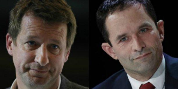 Au 20 heures de France 2, le candidat d'Europe écologie-Les Verts (EELV), Yannick Jadot, a annoncé qu'il retirait sa candidature au profit de Benoît Hamon (PS).