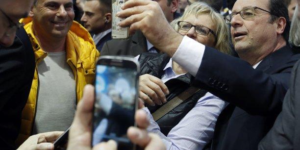 Xavier Beulin avait alerté sur l'importance des crises climatique, sanitaire et économique que traverse l'agriculture. Ce message doit être entendu par l'ensemble de la société, a déclaré François Hollande au Salon de l'agriculture à Paris.