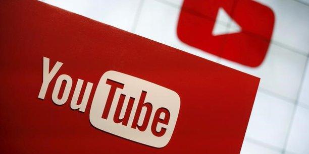 En 2012, YouTube arrête la course en clic et tente de retenir l'utilisateur le plus longtemps possible sur son site grâce à ses recommandations personnalisées.