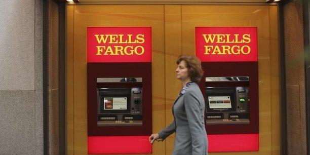 La banque dont le premier actionnaire est le milliardaire Warren Buffett, abrite 40 millions de comptes bancaires ouverts par les particuliers aux Etats-Unis et octroie un prêt sur cinq dans le pays.