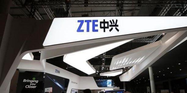 ZTE devra immédiatement verser 892 millions de dollars et sera pendant les sept prochaines années sous la menace d'une pénalité supplémentaire de 300 millions de dollars en cas de nouvelle entorse.