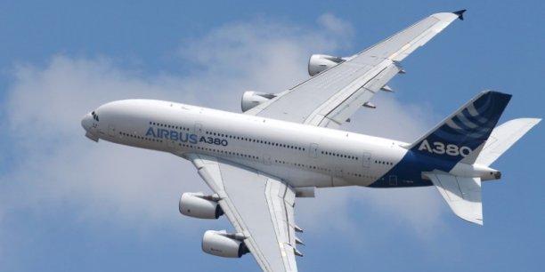 Les partisans d'une amélioration de l'A380 expliquent que les biréacteurs ne parviendront pas à éponger les besoins de capacité supplémentaires sur les aéroports saturés.