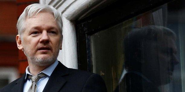 Julian Assange, fondateur de Wikileaks, vit dans les locaux de l'ambassade d'Equateur à Londres depuis 2012. Il s'y est réfugié pour échapper à une extradition vers la Suède, où il est recherché pour viol.