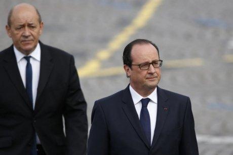François Hollande et Jean-Yves Le Drian, qui vont s'envoler en Asie (Singapour, Malaisie, Indonésie) à la fin du mois de mars pour un tournée d'adieux, évoqueront le dossier Rafale en Malaisie avec le Premier ministre, Mohammad Najib bin Tun Abdul Razak, dit Najib Razak