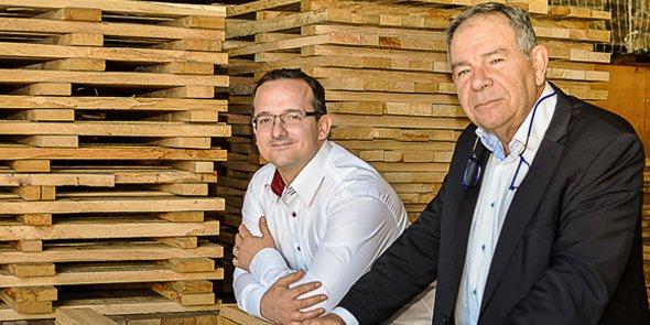De g. à d.: Jérôme Baudin, le directeur dŒnochêne, et Jean-Luc Liberto, le président d'Œnochêne.