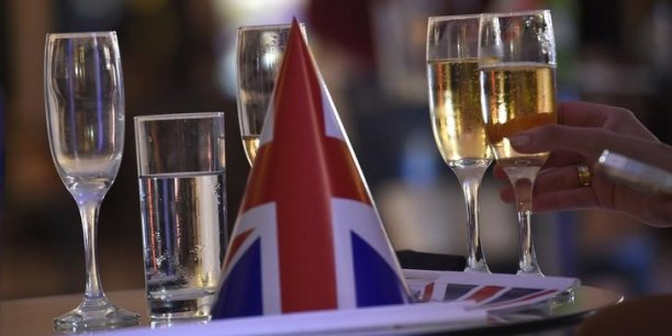 Les ventes de champagne ont recule avec le brexit et la france[reuters.com]