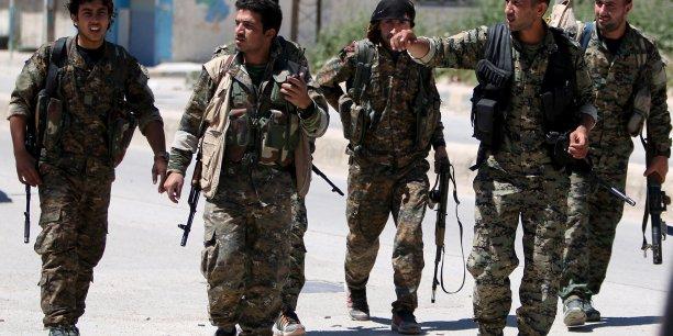 Syrie: les russes implantent une base en accord avec l'ypg kurde[reuters.com]