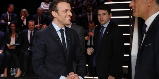 Les sympathisants de gauche juge Emmanuel Macron plus crédible que Benoît Hamon en matière d'économie.