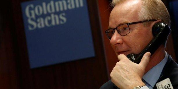 Plusieurs établissements ont déjà évoqué des déplacements d'effectifs, à l'image du britannique HSBC, du suisse UBS ou de l'américain JPMorgan.