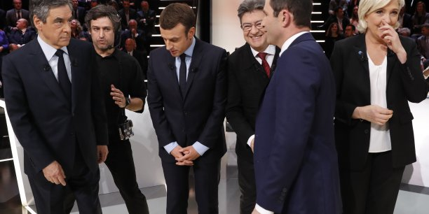François Fillon, Marine Le Pen et Emmanuel Macron passaient ce 28 mars un grand oral de l'économie devant un parterre de chefs d'entreprises réunis par une douzaine d'organisations patronales dont le Medef. Une deuxième matinée de ce type sera organisée le 5 avril Mais Jean-Luc Mélenchon et Benoit Hamon n'ont pas encore confirmé leur présence.