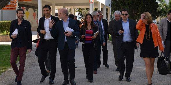 F. Lorente, président de l'UPVD, aux côtés de L. Gauze, vice-président de Perpignan Méditerranée Métropole, et des autres acteurs économiques catalans en visite