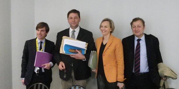 De gauche à droite : Olivier Chartier, Yves D'Amécourt, Virginie Calmels et Maître Bernard de Froment.