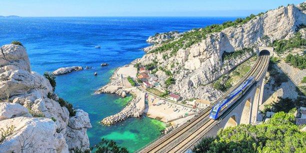 La SNCF a dévoilé en septembre son plan TER 2020, afin d'attirer plus de voyageurs sur ces lignes et d'en réduire les coûts pour les régions, avant l'ouverture à la concurrence.