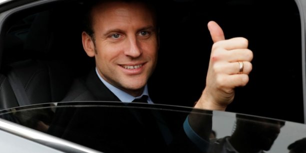 Emmanuel Macron a remercié Barack Obama, ancien président des Etats-Unis, pour son appel concernant l'élection présidentielle.