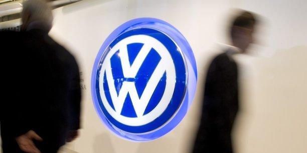 Le groupe Volkswagen vient de lever la somme record de 8 milliards d'euros à un taux très avantageux. Cet emprunt illustre la fin de la défiance des marchés apparue au lendemain du scandale des moteurs truqués.