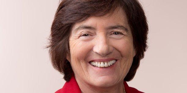 Selon Maryvonne Hiance, présidente de France biotech, il serait bon de mieux européaniser Euronext, en intégrant d'autres villes européennes. Il faudrait qu'une biotech puisse lever 100 millions d'euros sur Euronext.