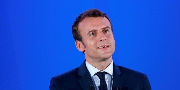 Le candidat d'En Marche veut prendre son temps afin de ne pas plonger le pays dans l'incertitude totale.