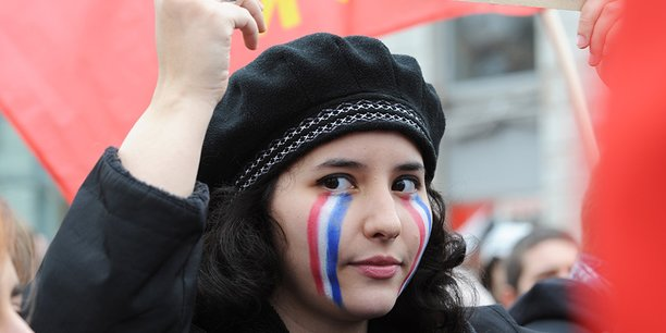 Une jeune fille lors d'une manifestation à Lyon contre la loi travail.