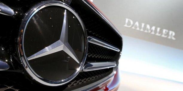 Mercedes doit rappeler près de 3 millions de voitures, une chiffre immense pour un groupe qui a l'habitude de vendre seulement 2 millions de voitures par ans.