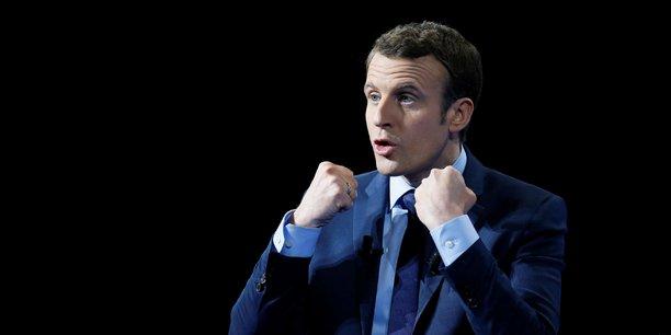 Il y aura un dialogue social dès le printemps-été mais derrière je demanderai à ce que le Premier ministre sollicite par un projet de loi d'habilitation l'autorisation au parlement de procéder par ordonnances, parce que c'est plus rapide et efficace sur le sujet, a détaillé Emmanuel Macron, mardi.