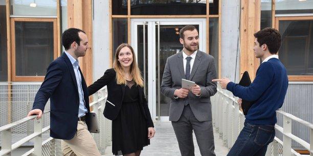 ausone conseil fait souffler l 39 esprit d 39 entreprise sciences po bordeaux. Black Bedroom Furniture Sets. Home Design Ideas