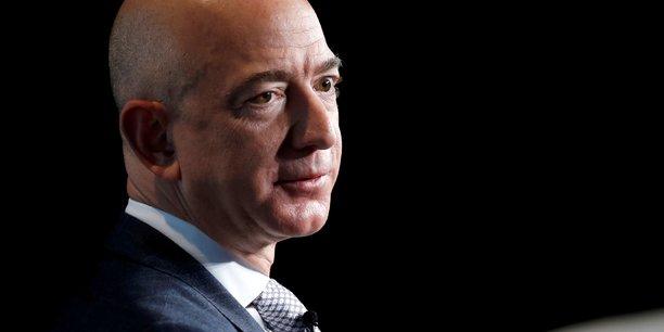 Jeff Bezos souhaite également investir sa fortune dans la philantropie à l'image de Bill Gates.